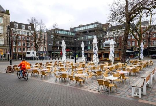 In de anderhalvemetereconomie kunnen restaurants weer open