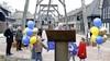 Monumentale kraanbaan begint aan nieuw leven op De Houtzagerij in Laren. Van bomenverplaatser naar snelheidsremmer