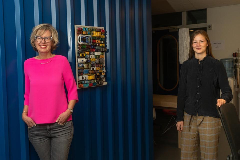 Elske Doets (links) en Emma Dekker.