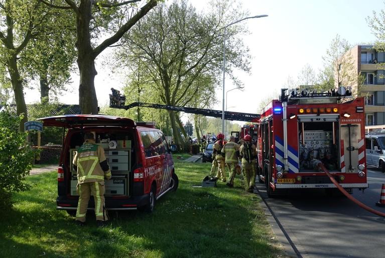 Asbest vrijgekomen bij uitslaande brand in eethuis Zaandam [update & video]