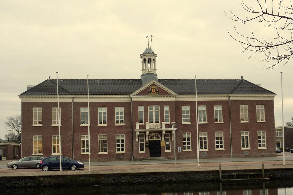 Het stadhuis aan de Kerkgracht.