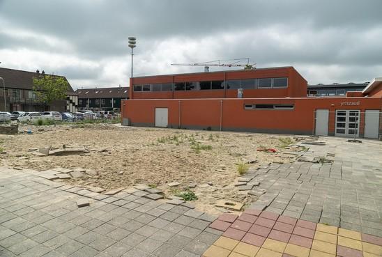 Voetbalkooi Stompetoren wordt 'slechts' voetbalplein bij basisschool. 'Een kooi is luxer, maar het realiseren duurt te lang'