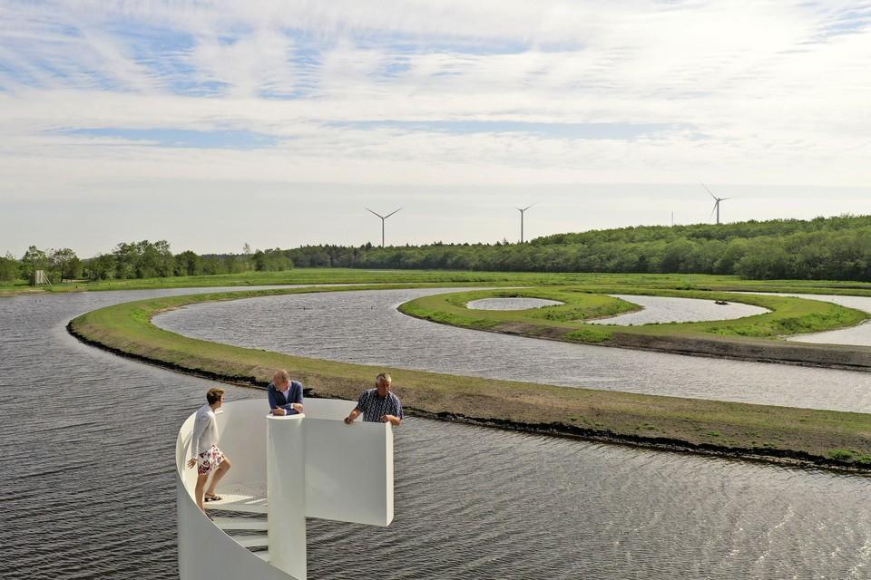 Uitkijken over de Viskringloop in de Wieringermeer.