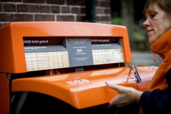 Zestig brievenbussen minder in West-Friesland