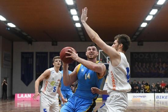 Basketballers Dordrecht in zwaar weer: vraagteken achter duel in Den Helder