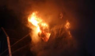 Grote brand verwoest woning in Obdam