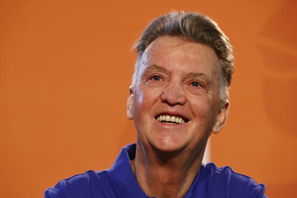 Louis van Gaal tijdens een persconferentie van het Nederlands elftal.