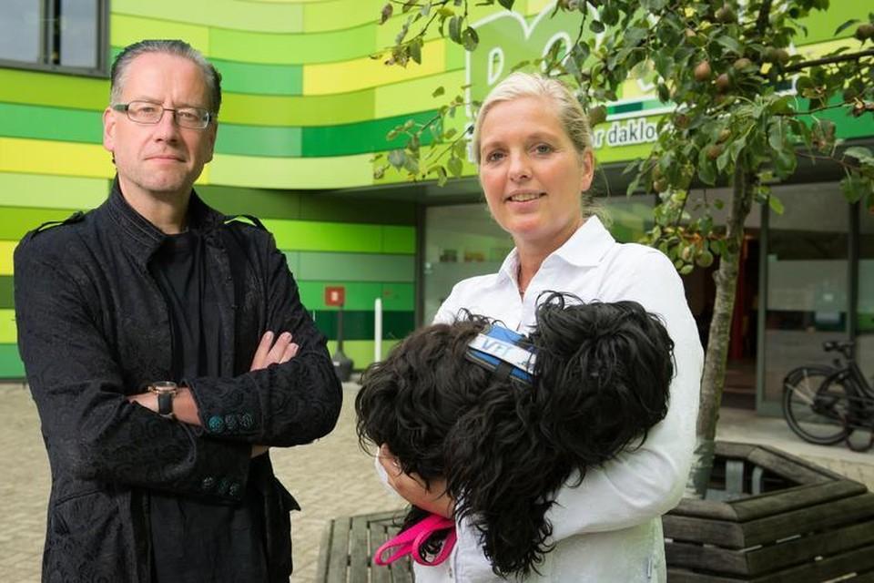 Forensisch dierenartsen team Frank van de Goot en Monique Verkerk gaan binnenkort net hun praktijk naar het DOA Dieren Opvang Amsterdam.
