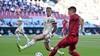 'Verdedigers gooien zich als 'rompjes' voor schietende aanvallers. Geen mens springt op deze wijze van nature graag richting een tegenstander' | EK-column