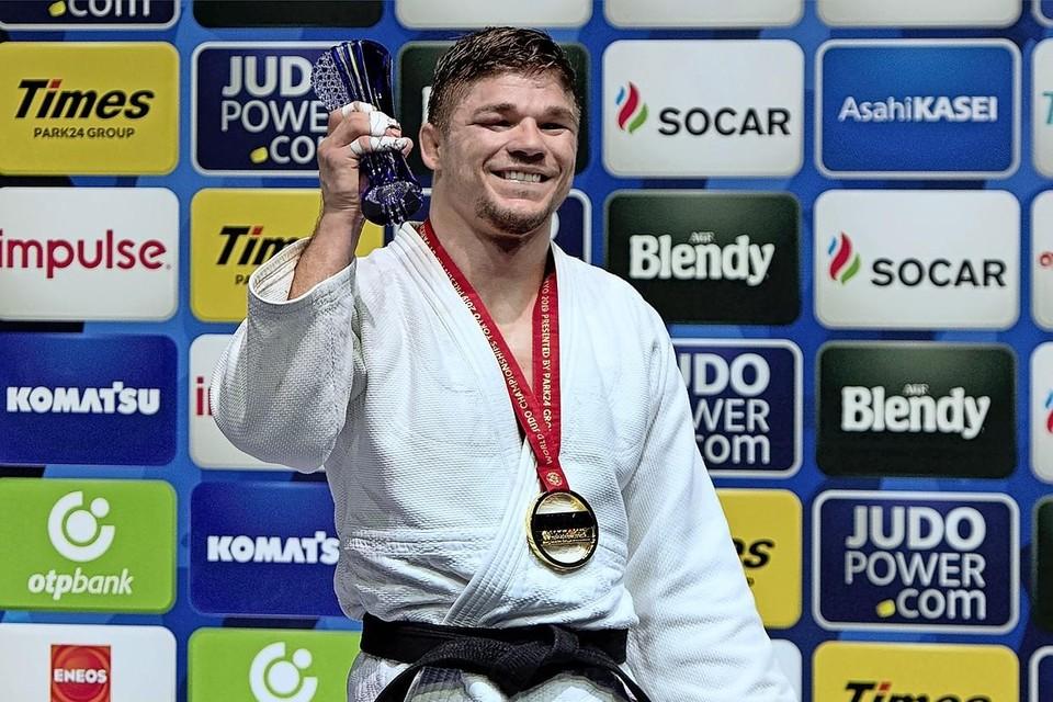 Noël van 't End na het veroveren van zijn wereldtitel, vorige zomer in Tokio.