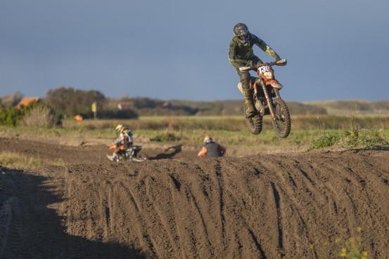 Genieten van de natuur is er voor motorcrosser Michel Hoenson niet bij tijdens WK in Portugal