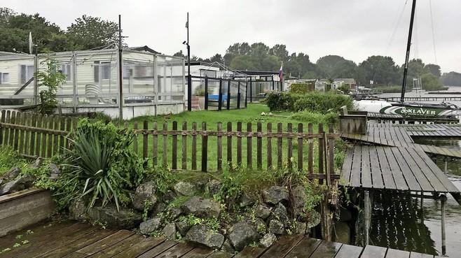Vissersdorp naast het Zuiderzeemuseum op 'weids' opgezet recreatieoord Enkhuizerzand