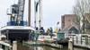 Haaldersbroek heeft weer een echte ophaalbrug. Brugdelen maandag geplaatst
