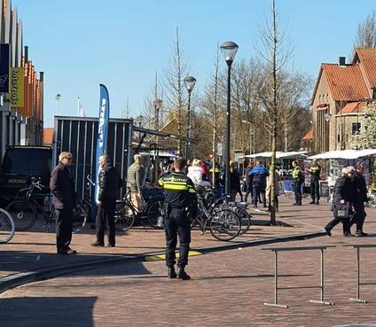 Volendamse markt vroegtijdig beëindigd vanwege drukte