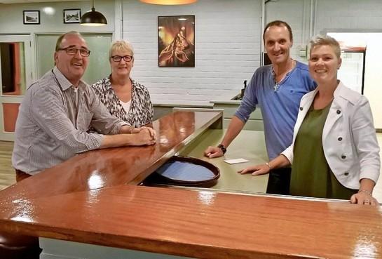 Ed en Liënne Noordeloos stoppen na drie jaar al als beheerders sporthal De Sluis in Hoogkarspel: 'Dit kost ons te veel energie'