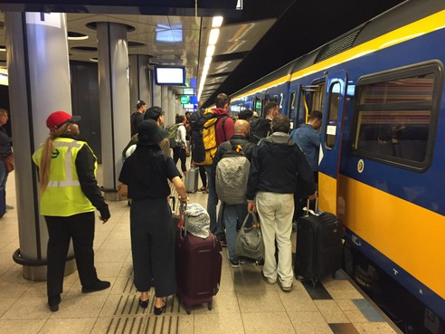 Meer openbaar vervoer in Noord-Holland hard nodig, stelt Rover aan provincie voor