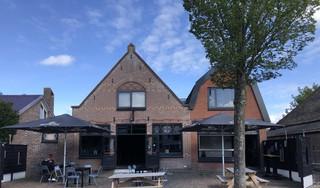 Heropend café De Vriendschap past muziekgenre aan naar achtergrondmuziek; en reserveren voorafgaand aan bezoek