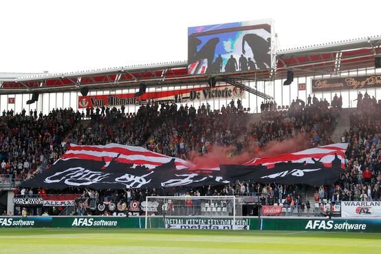 Dilemma voor AZ-fans: winnen van PSV betekent dat Ajax wordt geholpen