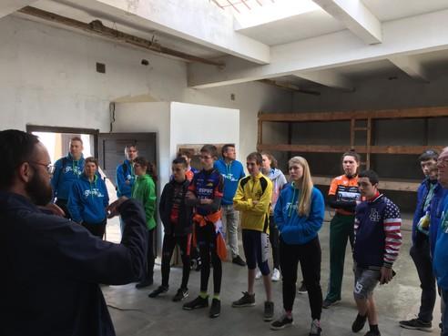 Tour d'Heroes (1): Hoogwoudse burgemeester Dirk Hoogenboom geeft 75 jaar na zijn overlijden postuum startschot