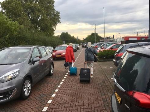 Acht auto's gestolen bij station Enkhuizen