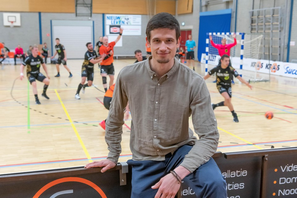 Aanwinst Zlatko Pavicevic kon tegen Lions niet zijn stempel op het spel van Volendam drukken.