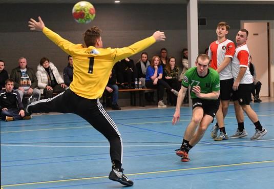 Zegereeks van handballers Vrone/Berdos duurt maar voort; na het reguliere seizoen spelen voor promotie naar de eredivisie