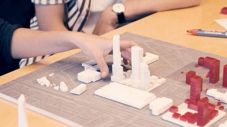 Sloop sociale huurwoningen in Hilversum-Noord voor ambitieus 'sleutelproject': HvH-wethouder Karin Walters sputterde tegen