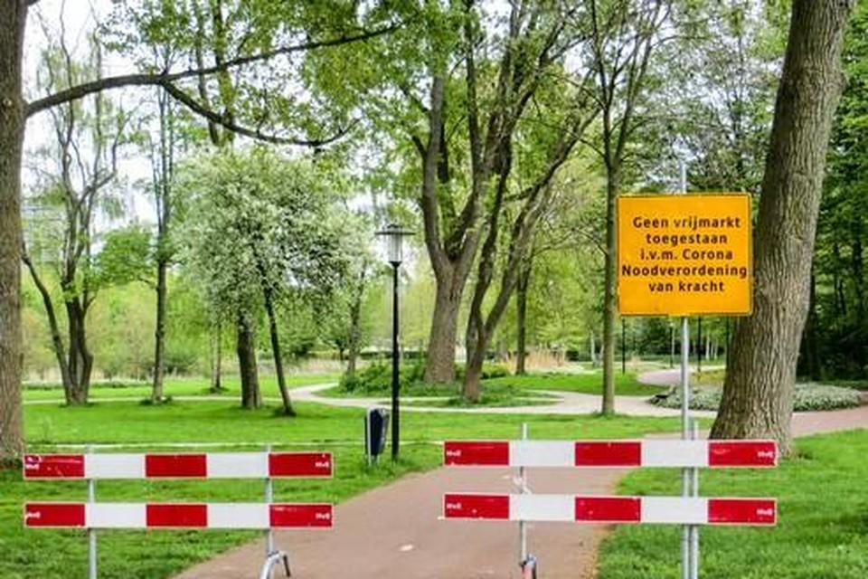 Afzetting van parken in Zaandam op Koningsdag.