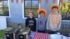 Koningsdag in Waterland: kinderen verkopen zelfgebakken patat en oranje suikerspinnen