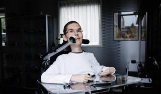 Enkhuizer Freek van Duin schrijft boek over een kind met een handicap