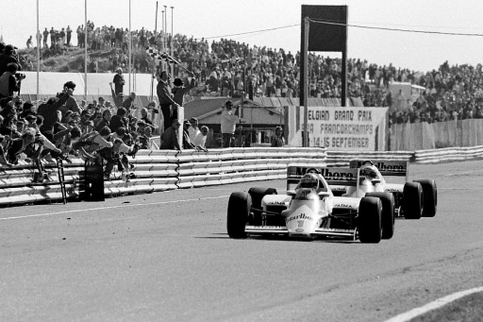 De finish van de laatste Grand Prix in 1985 Foto Poppe de Boer