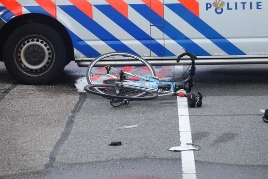 Ernstig gewonde Volendammer door politie veroorzaakt ongeval wil 'forse schadevergoeding'