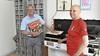 Honderd jaar plaatjes draaien, Fred Kos en Henk de Ruijter 1500 keer op zondag op de radio, maar werken al langer samen
