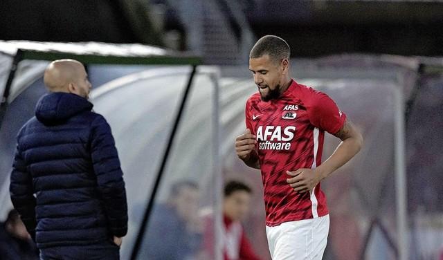 Ramon Leeuwin (AZ) voor één wedstrijd geschorst na rode kaart tegen Fortuna Sittard