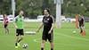 Voetbal kort: Van Dinteren toegelaten tot cursus coach betaald voetbal, nieuwe assistent voor Meijers bij Spakenburg, jubilaris verlengt bij 'Rooien'
