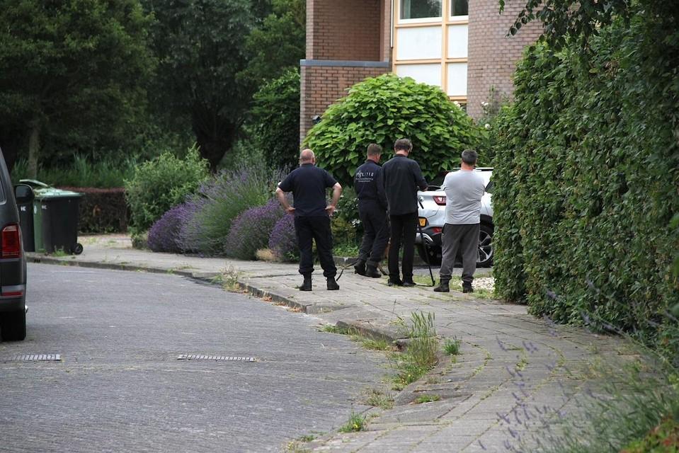 De forensische recherche doet 's ochtends onderzoek aan de Boterzwin