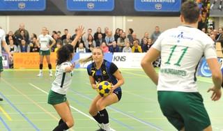 KZ-korfbalsters Anna Kriek (24) en Anouk Haars (25) toegevoegd aan Nederlands team