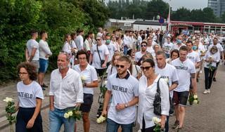 Respect wint het van woede bij stille tocht voor Bas van Wijk (24) in Badhoevedorp [video]