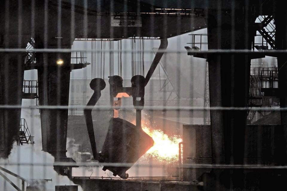 Het storten van staalslak bij Harsco op het terrein van Tata Steel leidde in 2018 tot grafietregens.