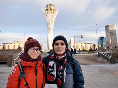 Russische AZ-supporter zit 24 uur in de trein om zijn droomclub te zien spelen tegen FC Astana: 'Ik speelde bij Fifa altijd met AZ, omdat ik het logo mooi vond'