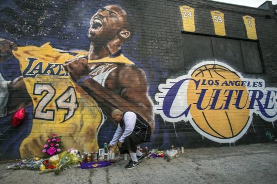 Mart Smeets over de overleden Kobe Bryant: 'Na het noemen van naam en land van herkomst keek hij me even lachend aan'