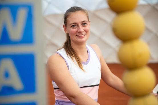 Tennisster Cindy Burger mag deze week de baan weer op om te trainen: 'Daar ben ik ongelooflijk blij mee, maar er is nog veel onzeker'