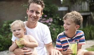 Met vijf tips van de Heemskerkse lifecoach Richard de Leth word je weerbaarder tegen het coronavirus. Neem bijvoorbeeld een koude douche of een heet bad en eet 25 groentes of fruit per week