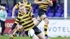 Opvallende dubbelrol voor Lorenzo van Riet. De Castricummer combineert rugbyen met autoracen: 'Ik heb nu precies het juiste gewicht voor beide sporten'