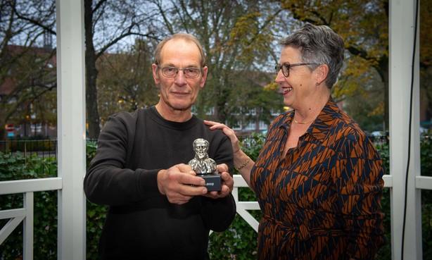 Historische prijs voor bescheiden Klaas Kwadijk