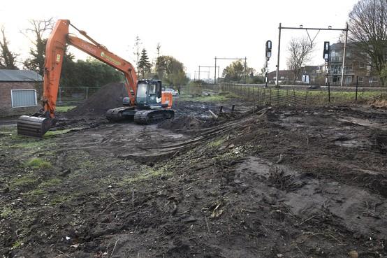 Werk langs spoor in Santpoort-Zuid hervat