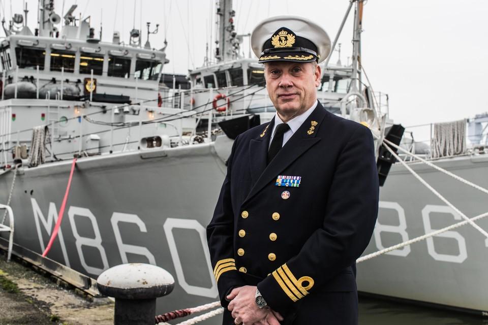 Kapitein-luitenant-ter-zee Jan Wijchers, die de leiding heeft over de mijnendienst.
