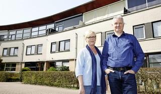 Euwine en Jaco den Hollander kochten in de verkeerde tijd en zaten drie jaar lang met twee huizen. 'De markt was toen ook verhit, net als nu'