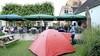 Waar in Muiden zijn we welkom met de tent?; 'Jullie mogen naast het terras van mijn restaurant slapen. De gasten zitten er nog wel te eten'