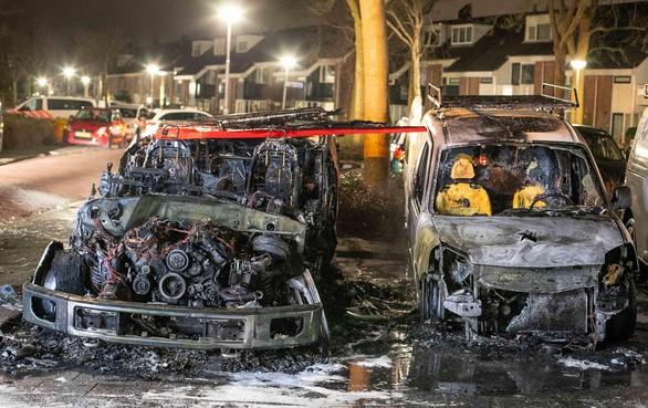 Politie: 'Ook autobrand op Heemskerkse Breedweerlaan aangestoken'